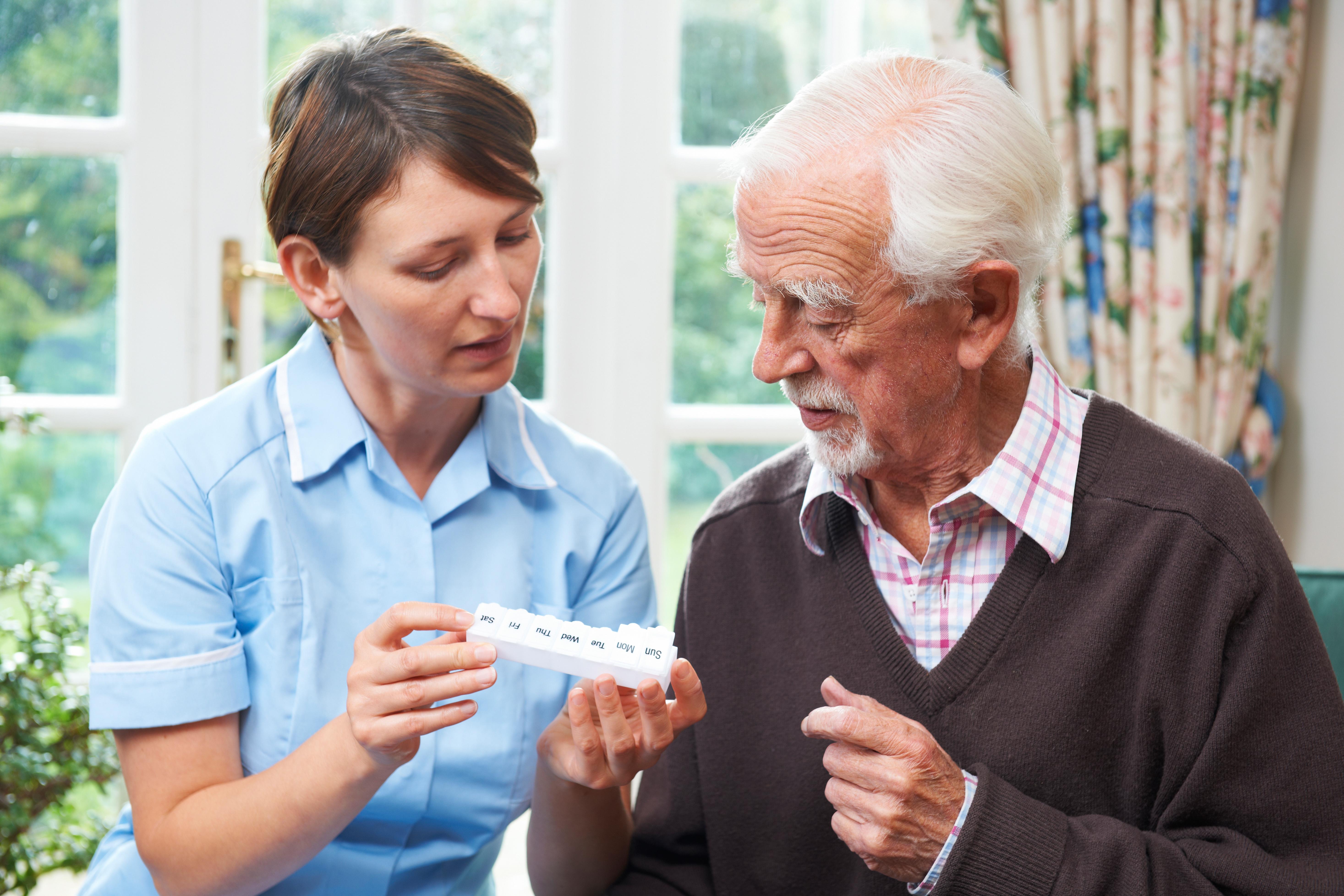 опекунство над пожилыми людьми после 80 лет