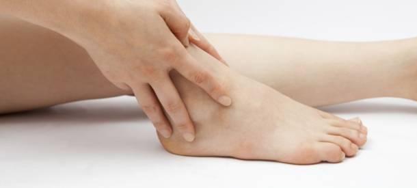 Отеки ног причины у пожилых женщин