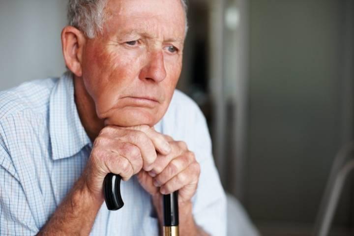проблемы одиночества пожилых людей
