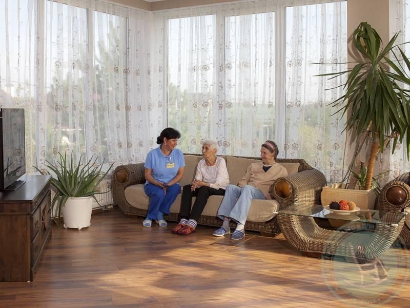 Частный пансионат для пожилых людей в калуге дом престарелых в московской области для участников вов